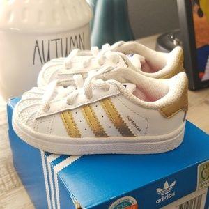 Baby size 4 superstar Adidas